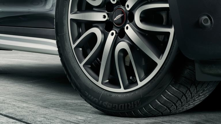 MINI Star Marked Runflat Tyres